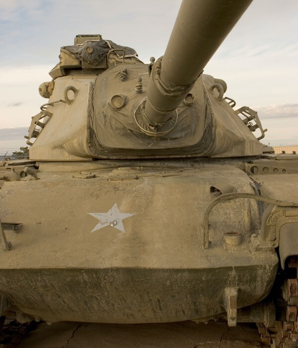 Dirty tank with star logo on the front